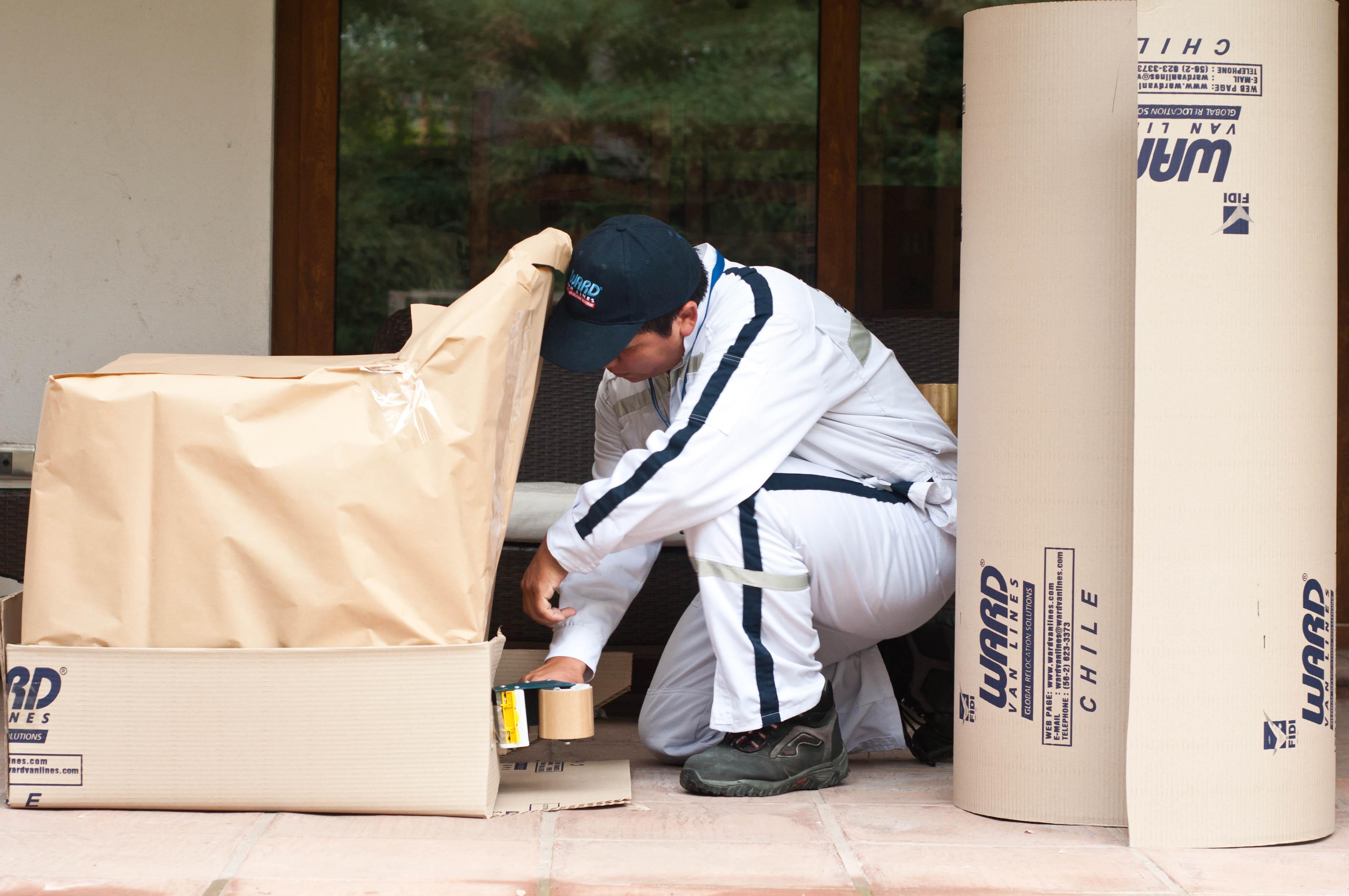 Embalaje de muebles para almacenamiento prolongado